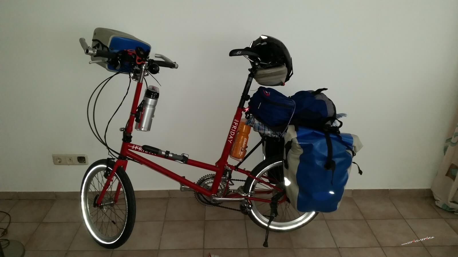 Das Fahrrad fertig gepackt