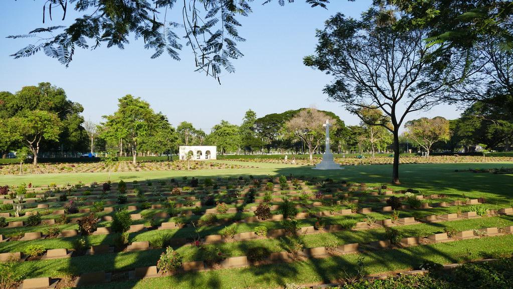Brücke am Kwai. Soldatenfriedhof