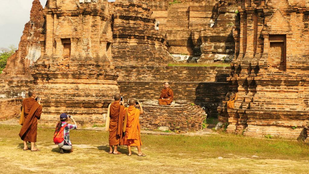 Möchne im Tempel von Ayutthay