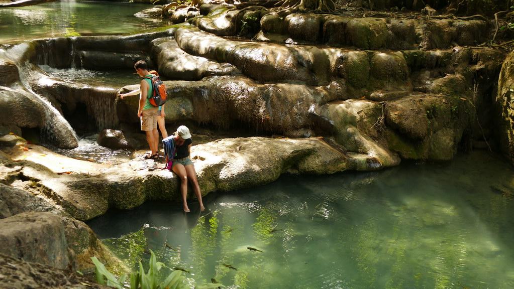 Erawan Wasserfälle Füße im Wasser