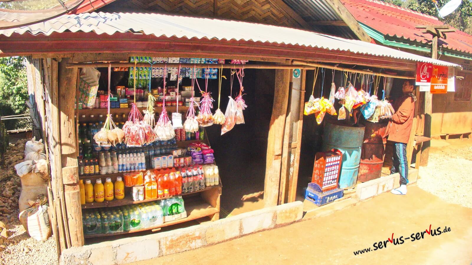 Laos-Luang Prabang- Shop