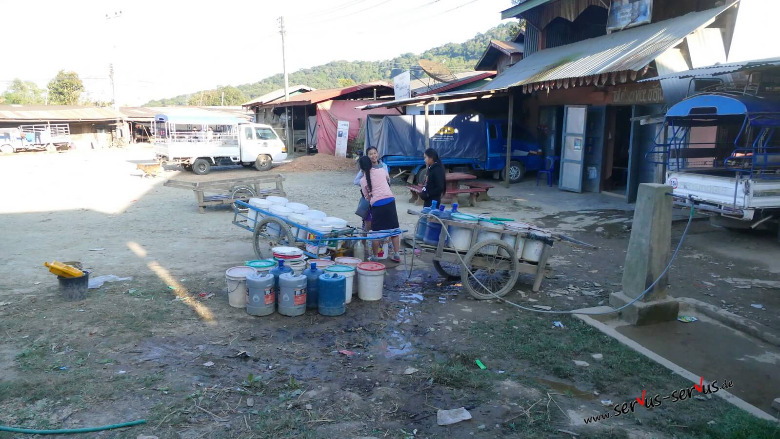 Brunnen-Pho Kham-Laos