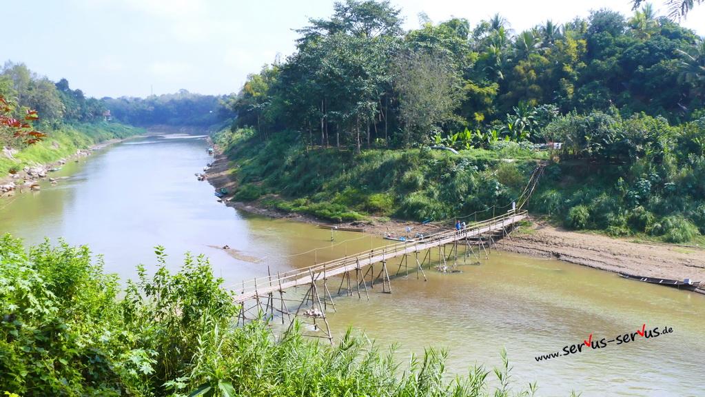 phou si-luang prabang-aussicht-bambusbrücke