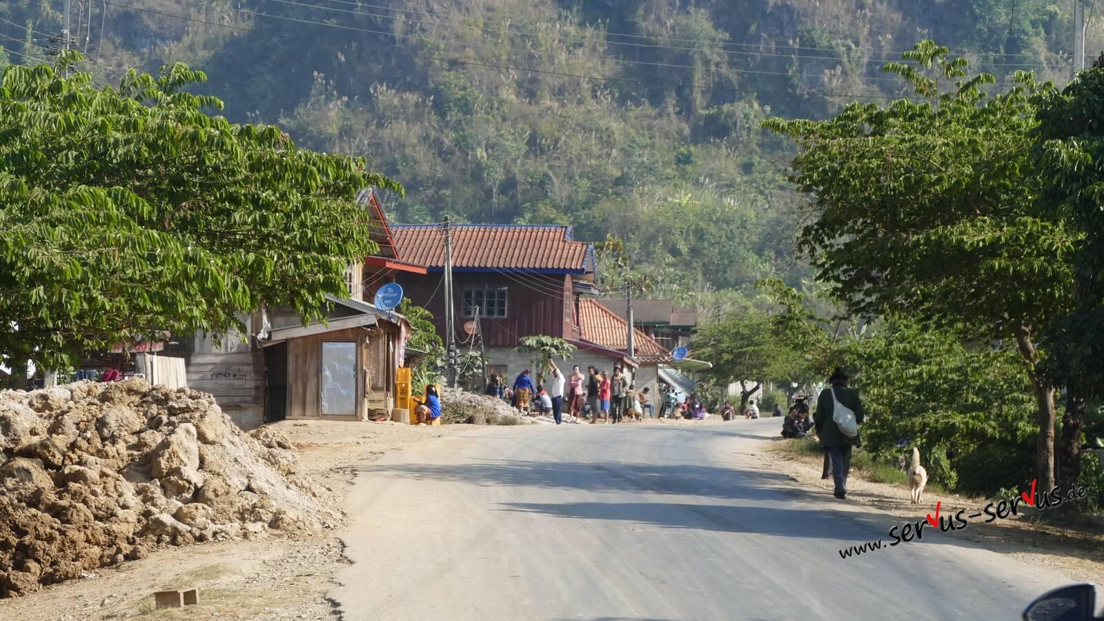 laos berg dorfleben