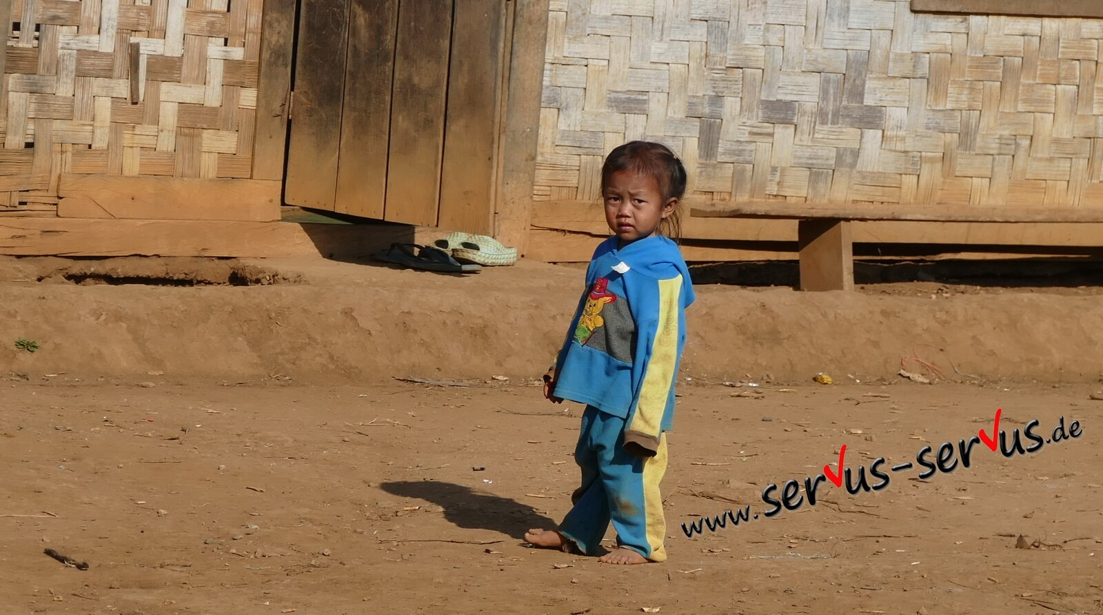 laos kind vang vieng