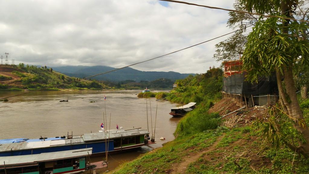 mekong-wolken-solwboat
