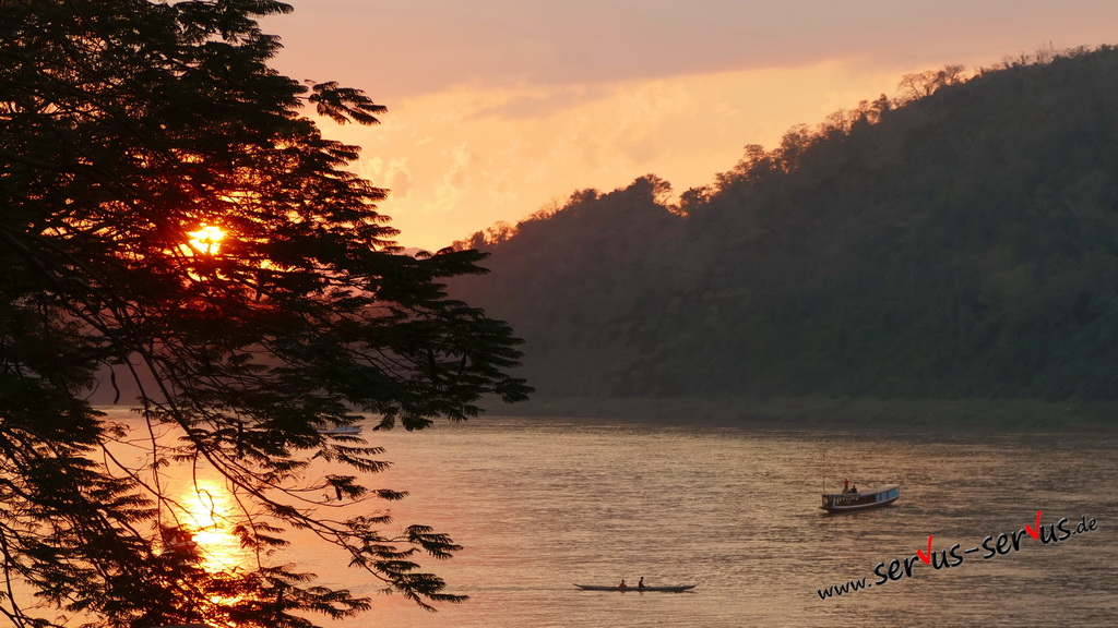 sundowner-mekong-luang prabang