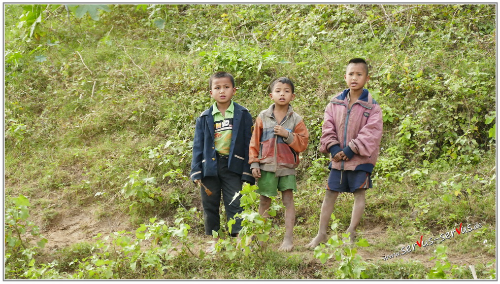 laos-makong-Kinder-am-fluß