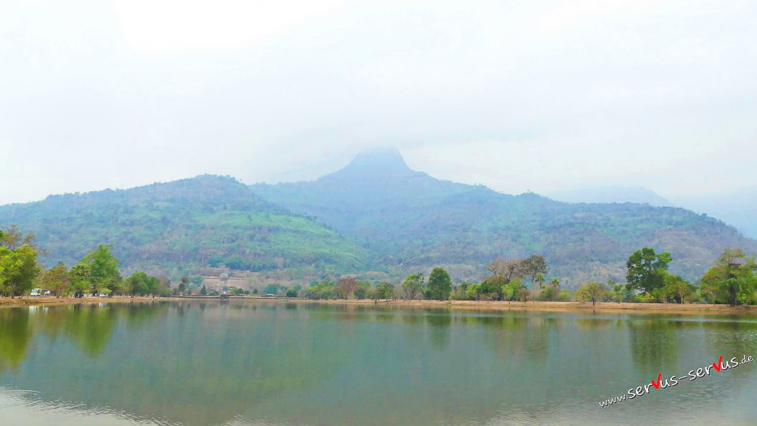 Der heilige Berg Phu Kao am Vat Phou, Laos, Champasak