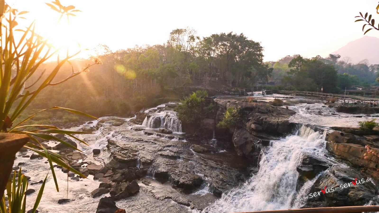 Wasserfall am Morgen, Tad Lo, Bolavenplateau