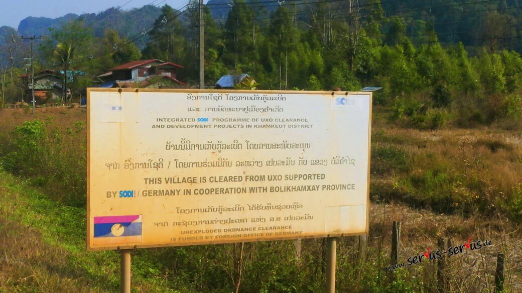 Vietnamkrieg in Laos. Bomben und Blindgänger