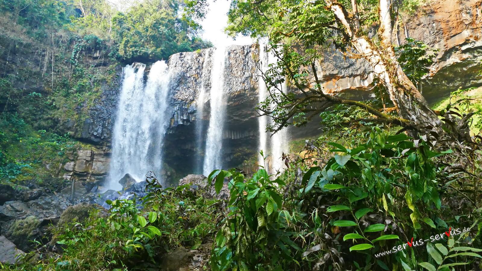 Tad Tayicseua Wasserfall, Laos, Dschungel, Bolaven
