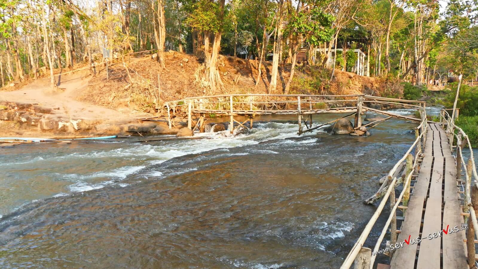 Steg, Wasserfall, Laos, Tad Lo, Bolavenplateau