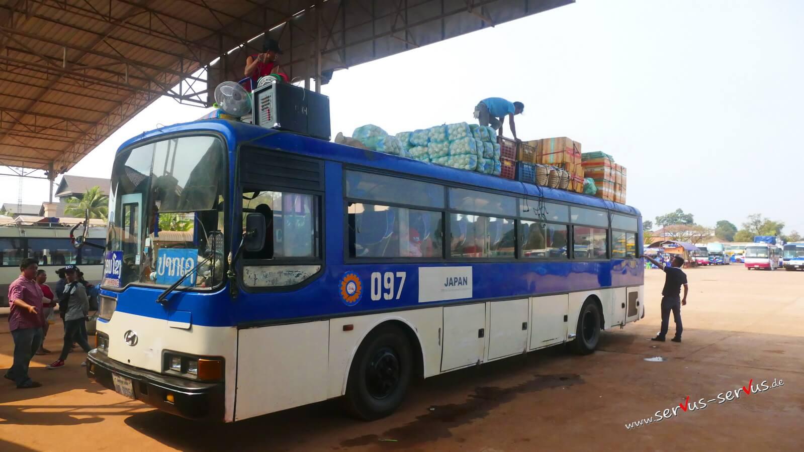 vieng kham, Bus, laos, Vientiane, Vollbeladen