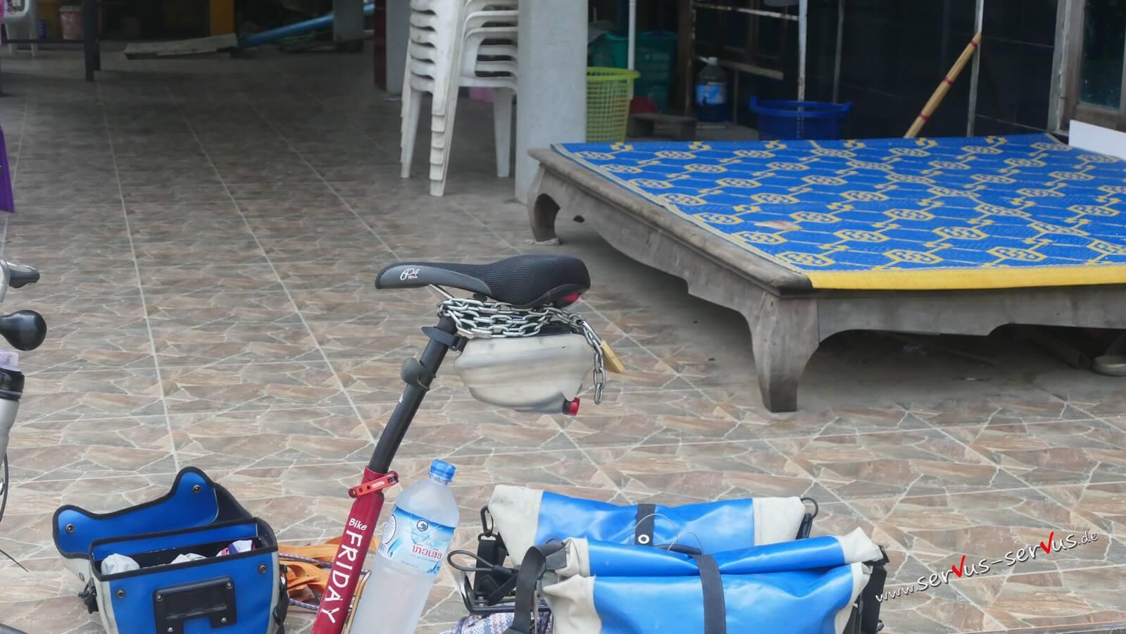 Fahrradsattel, verbogenen Sattelstütze