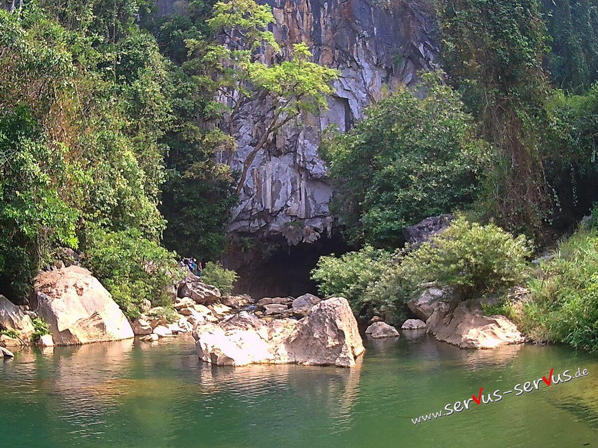 Eingang zur Kong Lor Cave