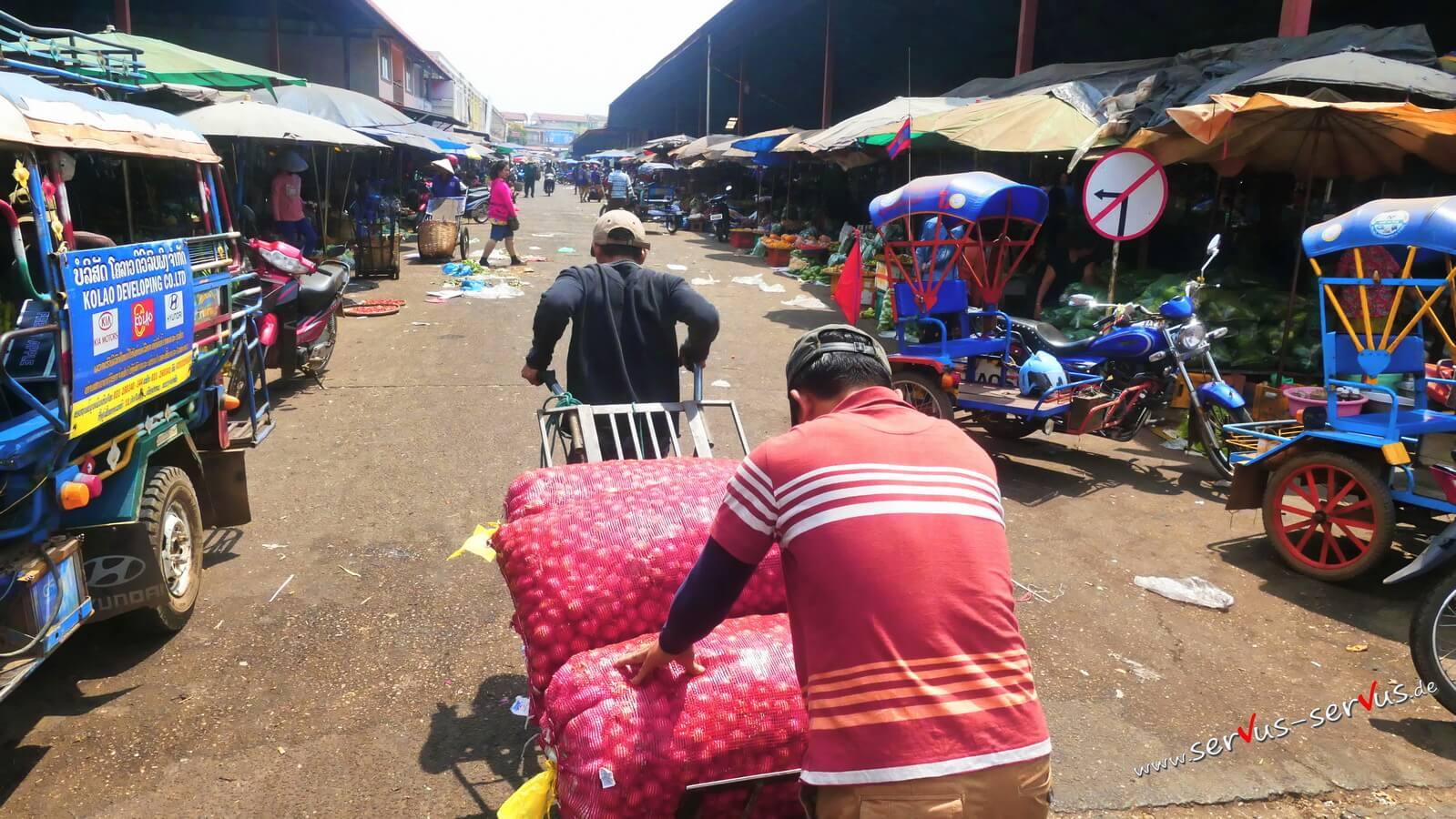 Markt in Pakse