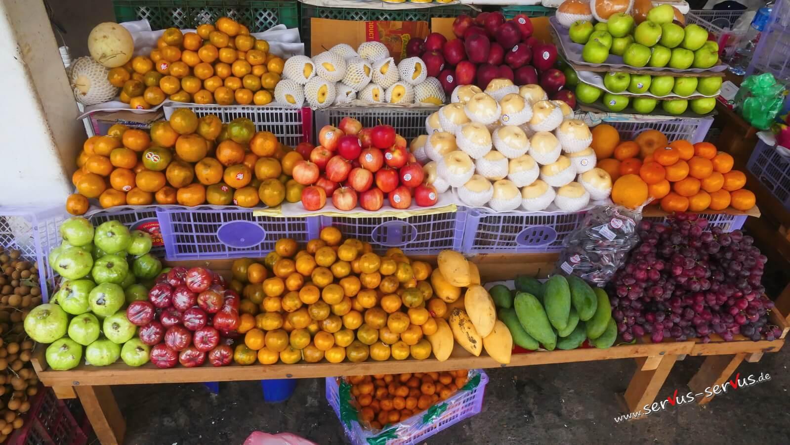 Obst auf dem Markt in Laos, Pakse