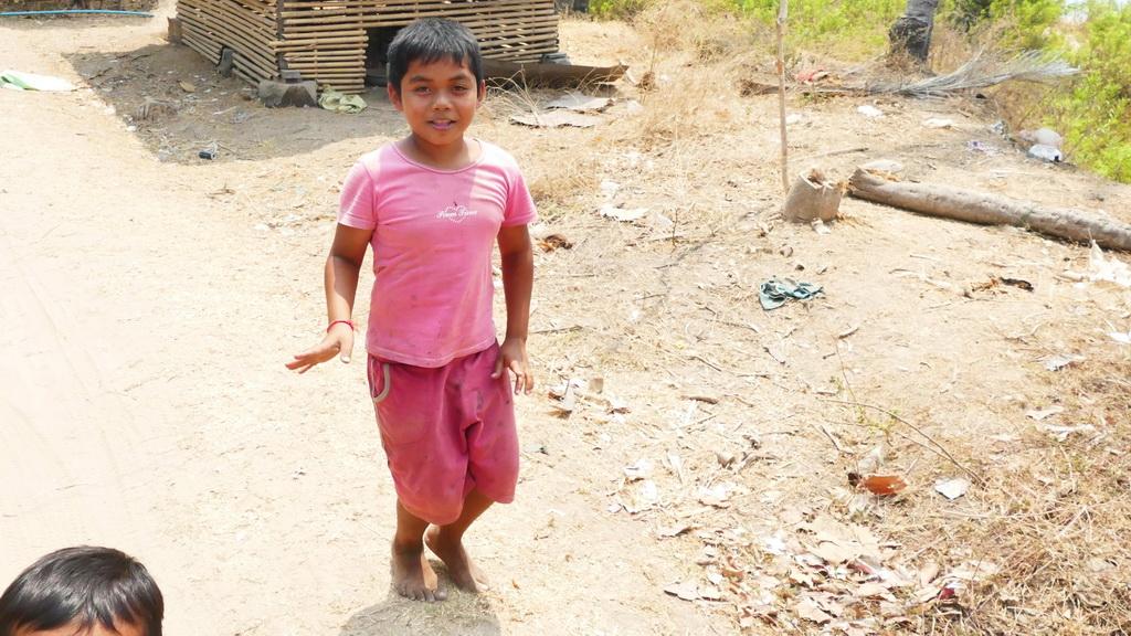 Laos- Abklatschen am Wegrand