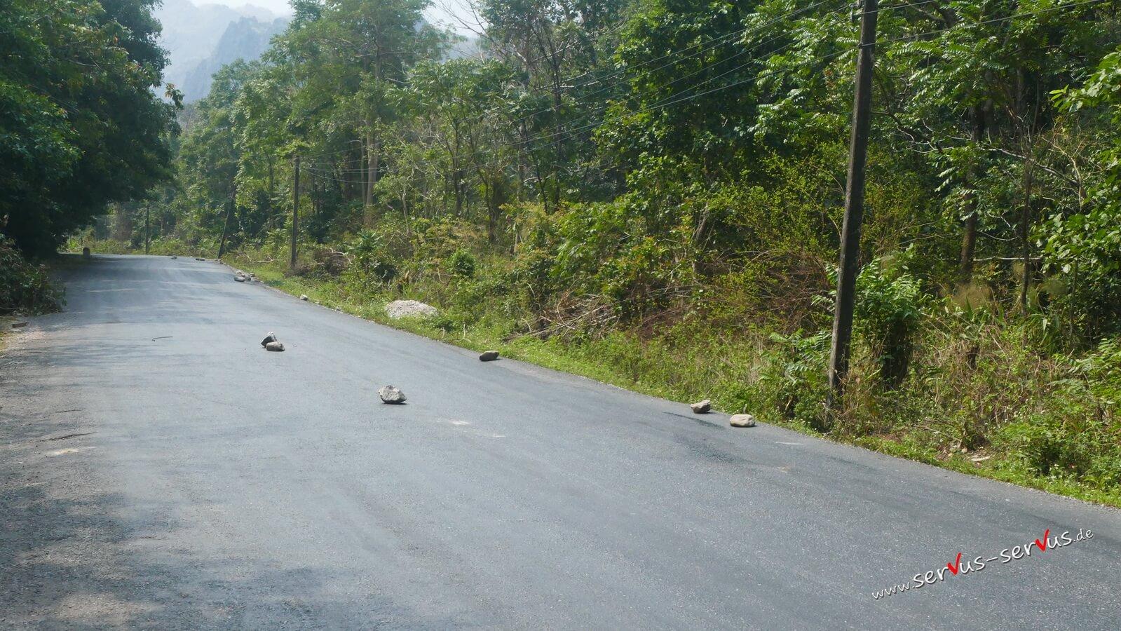 Steine auf der Straße