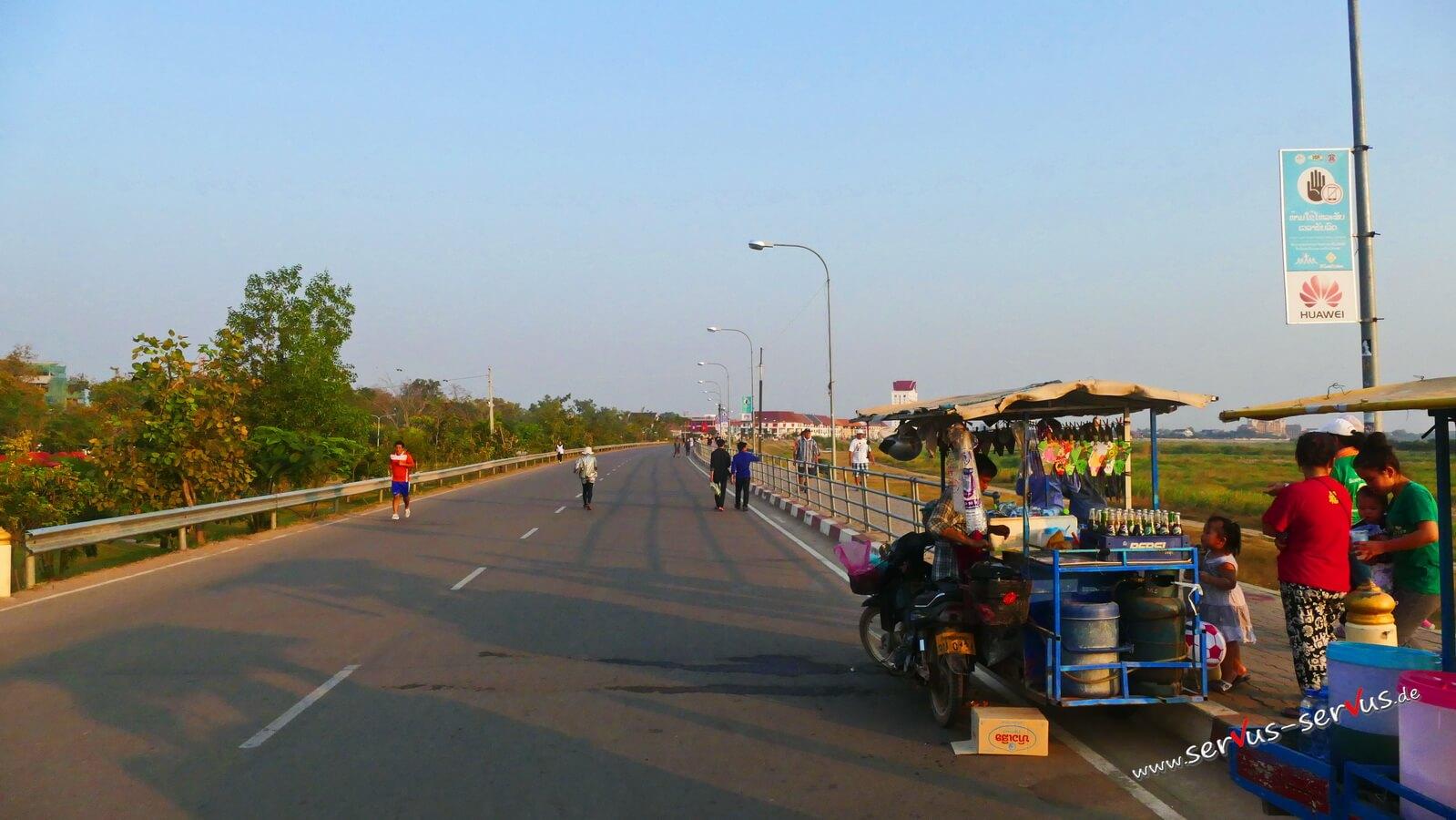 mekong, walking, vientiane
