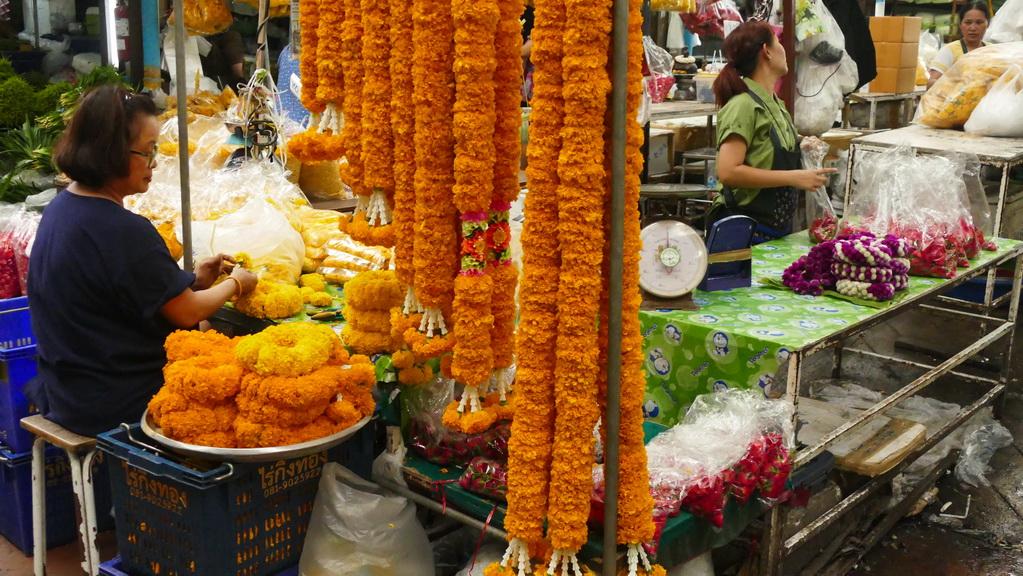bangkok-fahrradtour-flowermarket-03