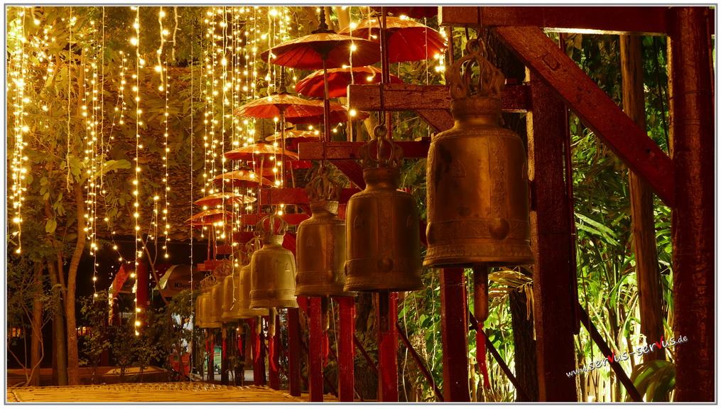 chian mai-tempel-bei-nacht-fotoparade