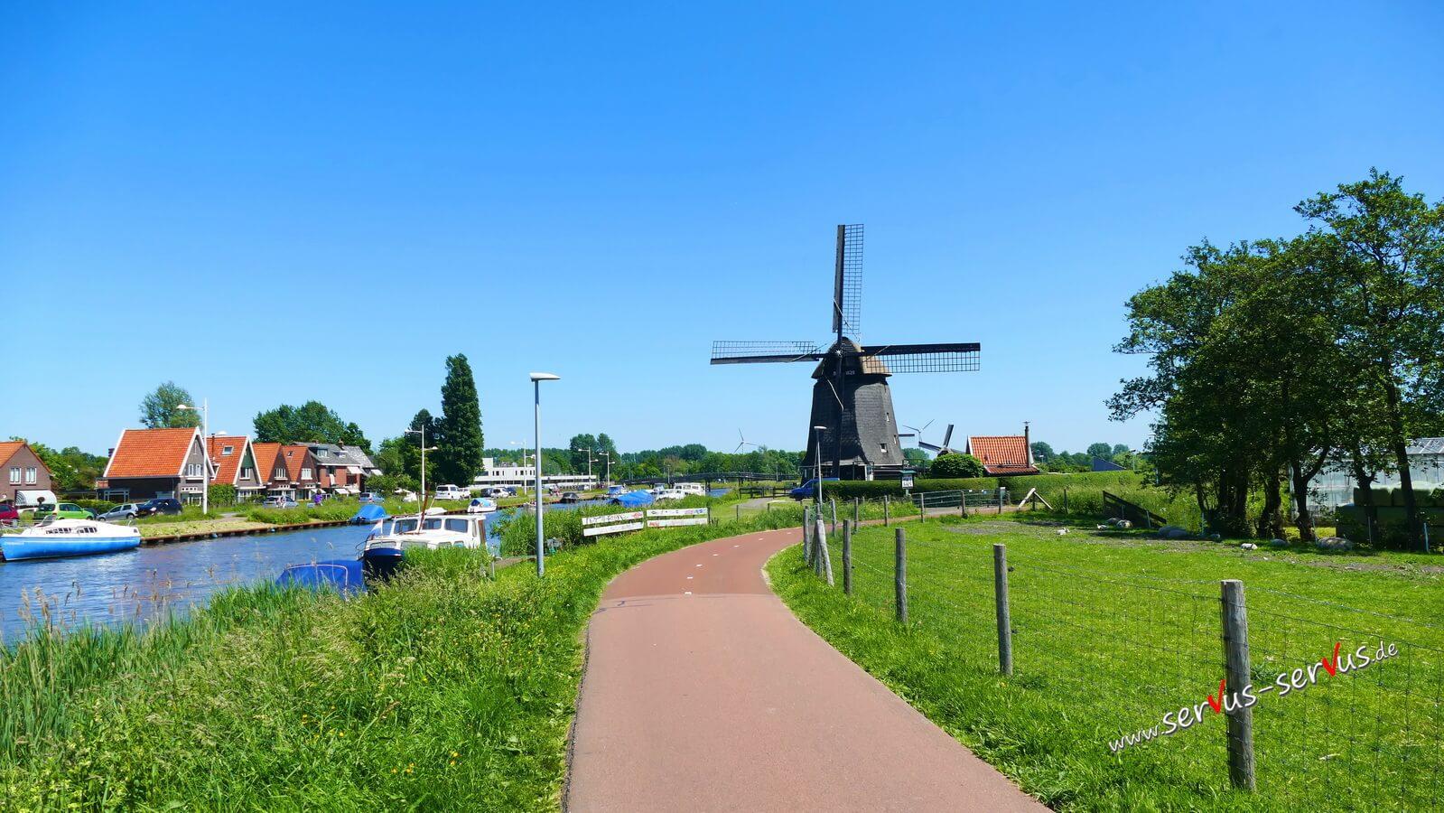 Radweg, Windmühle, Boote, Alkmaar