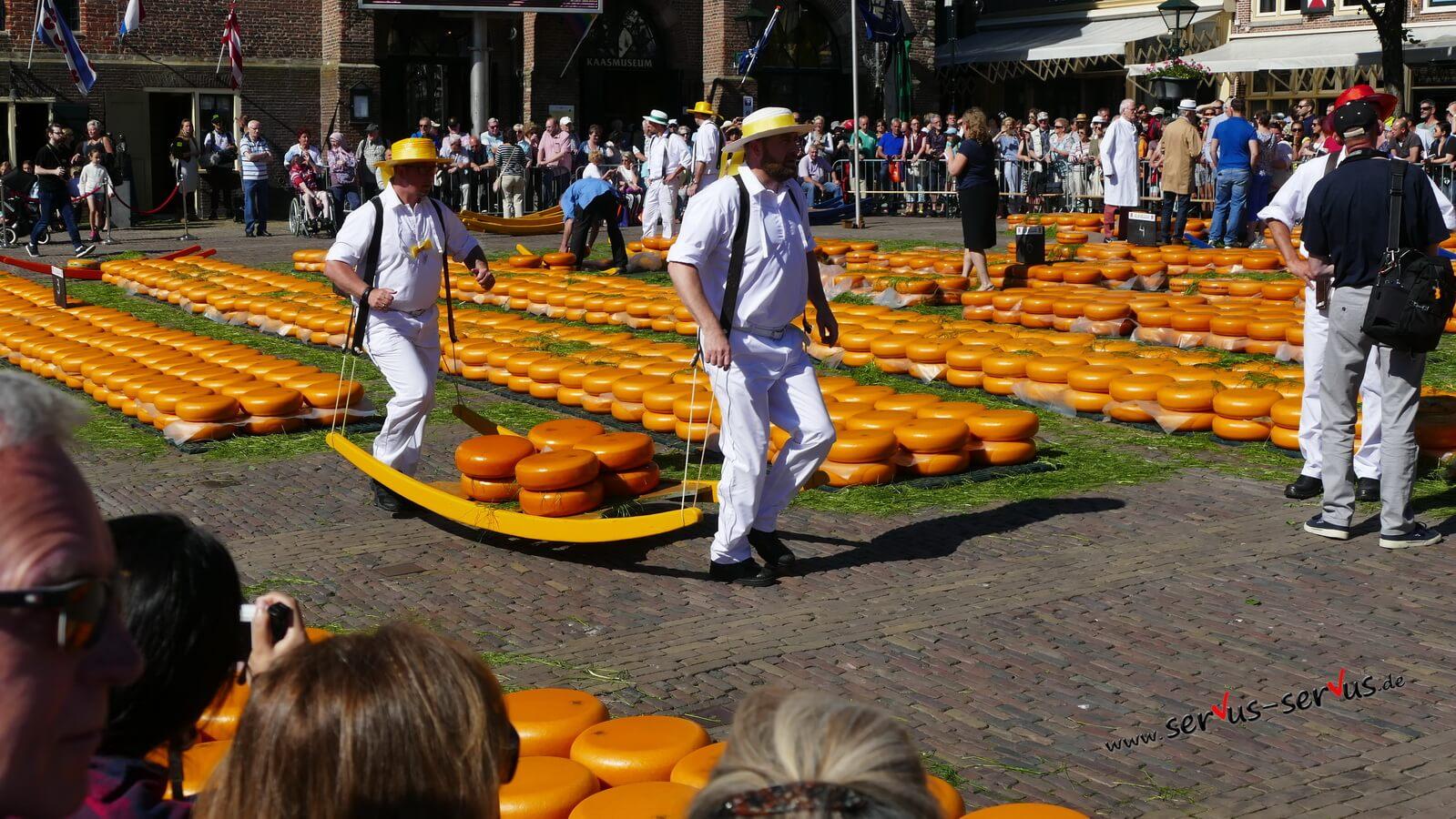 Alkmaar, Holland, Kaesemarkt, Kaeseträger