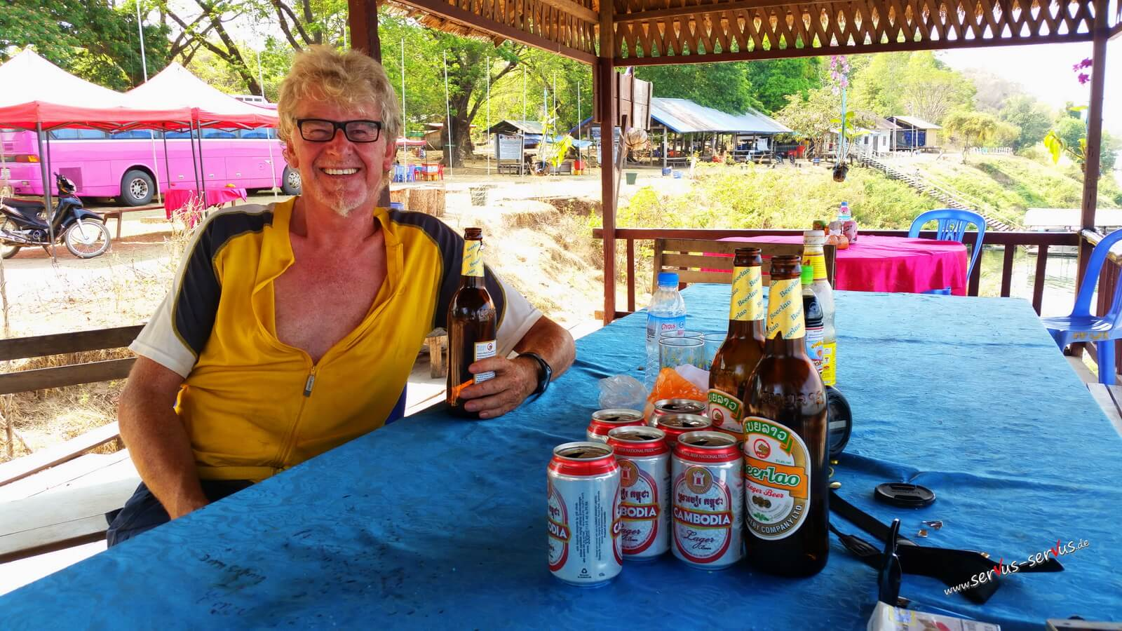 Biertrinken aud Don Det, Laos